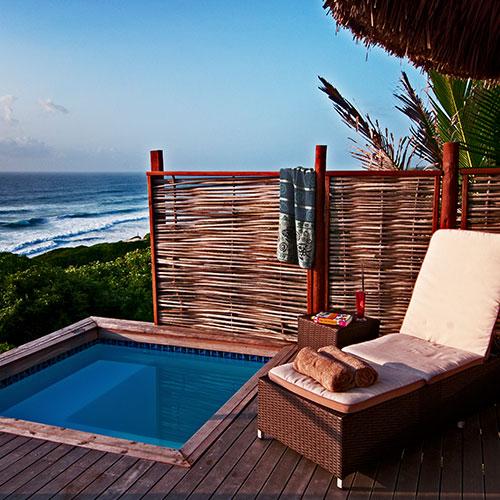 Massinga-Beach-Lodge-Oceanfront-Deluxe-Pool